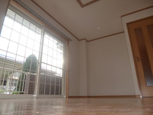 全室に採光窓がありますよ♪♪エアコン付 10971 リバティベル
