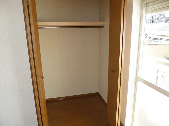 シャンプードレッサーも付いて、洋室広々(^−^) 15544 メゾン・ムカイ