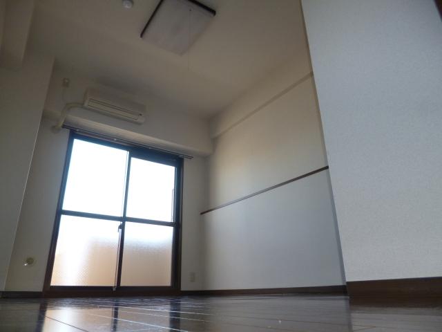 RC造のマンション!!学生様に人気です♪♪ 10000 Grand Excel 天美