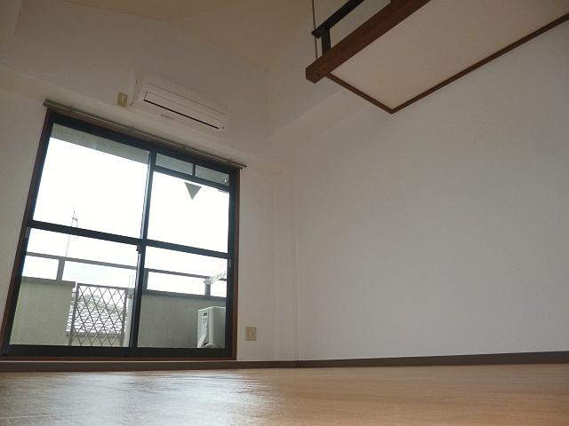 藤井寺駅、徒歩圏内♪セパレートで室内も綺麗!! 04093 マリエール
