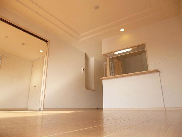 古室の築浅物件!収納も大きく、綺麗ですよ♪ 15068 エスポアール古室