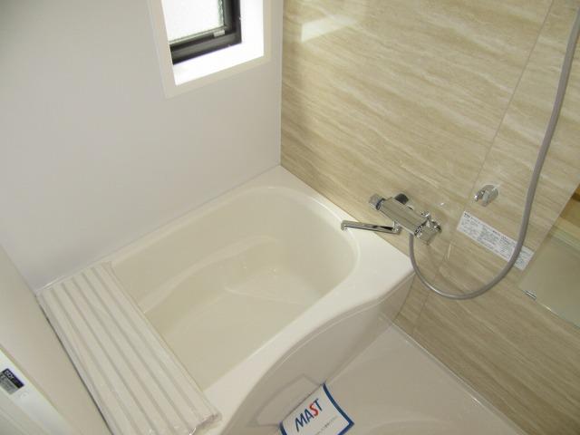 静かな住宅地、内装も綺麗で、オススメです♪ 02050 リヒテン白江