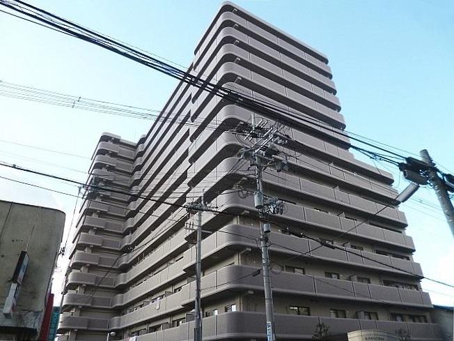 駐車場1台無料!広々バルコニー、日当り最高 ロイヤルハイツ藤井寺