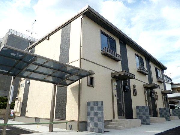 ペットOKの築浅物件です!駐車場1台無料。 太陽光パネル搭載物件!売電可!  ベルポスト