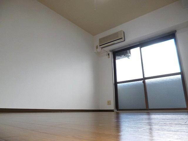 敷金礼金0円のセパレート!!洋室も広いですよ♪ 00884 ウインライフ藤井寺