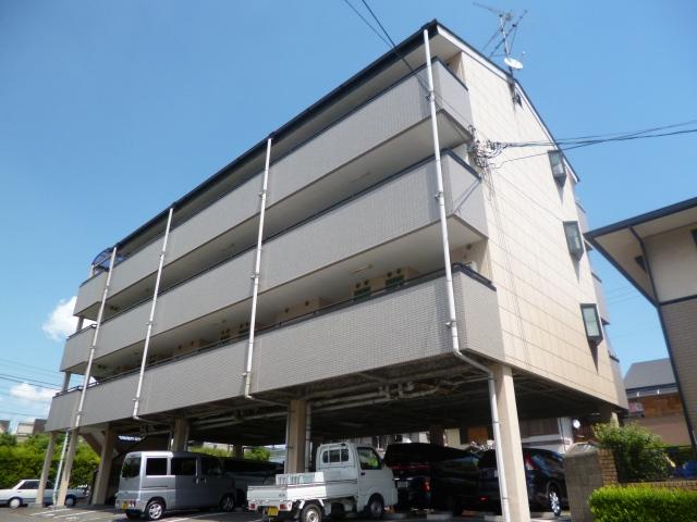 駅近の人気セパレート♪駐車場3,000円!! フォレストグリーンヴィラ