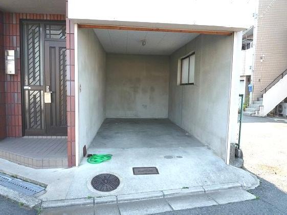 トイレ2か所有。100�u越えの4LDK♪ 04137 西浦3丁目04137貸家