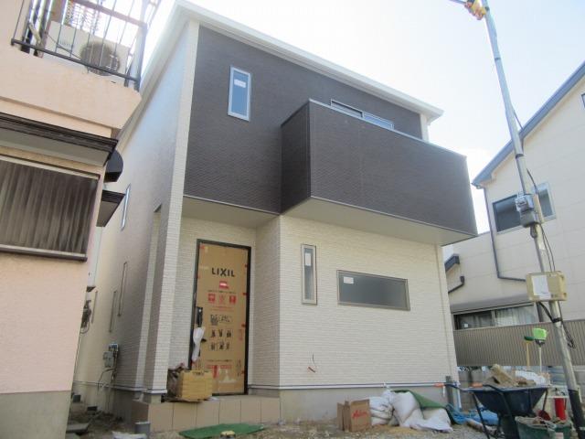 新築戸建の募集です♪駐車場1台可能です。 伊賀2丁目17730貸家