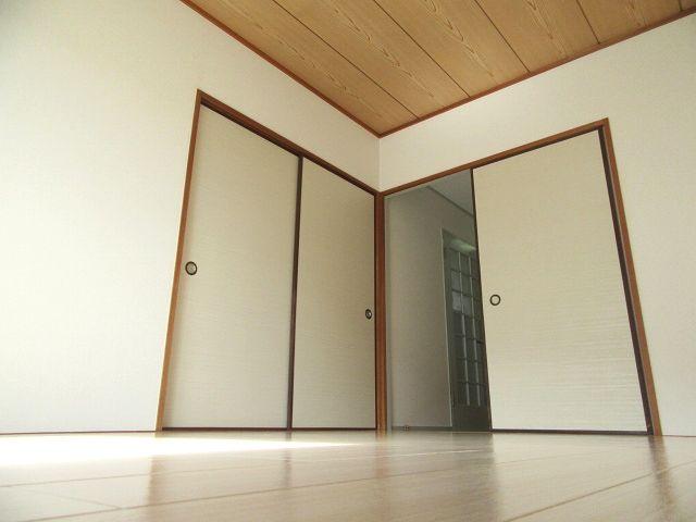 全面改装‼エアコン、TVモニター、ウォシュレットも設置! 00883 ドミール藤井寺